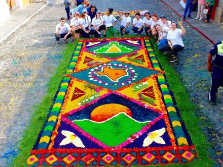 University of Texas at Austin students in Art Education in front of their alfombra